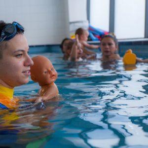 lekcje pływania dla dorosłych poznań