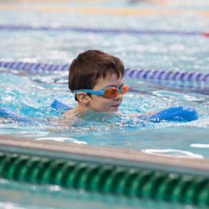pływanie stylem klasycznym poznan