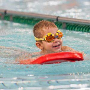 pływanie stylem klasycznym
