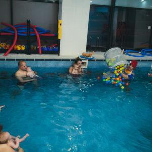 nauka pływania 4 latka