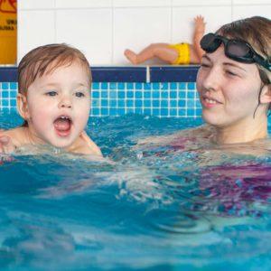 zajęcia na basenei dla dzieci