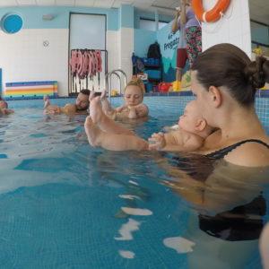 oswajanie z wodą niemowlaki