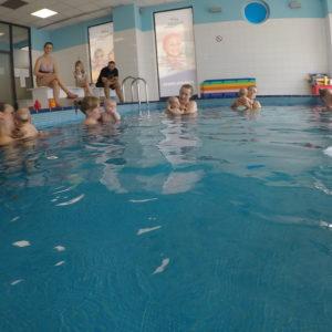niemowlaki lekcje pływania